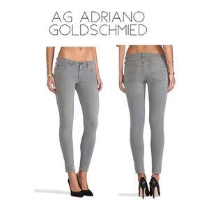 "🌻AG ""The Legging"" skinny Jeans in gray"